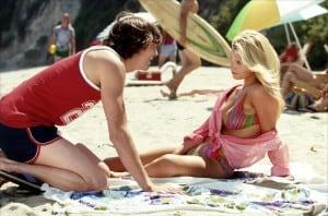 Sur la plage, parler aux filles doit se faire de façon directe, les filles détestant y être dérangée trop longtemps par des mecs lourds.