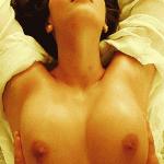 Gif sexy de gros seins en POV