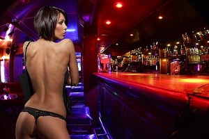 penthouse club strip tease paris