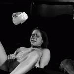 Gif porno sado maso à base de bougie fondue