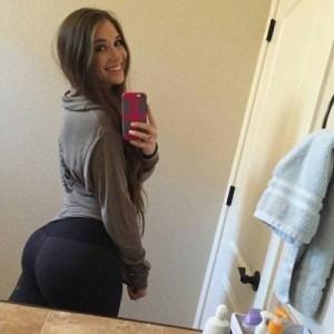 sexy-yoga-pants-16