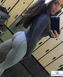 sexy-yoga-pants-18