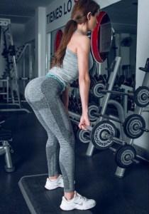 sexy-yoga-pants-31