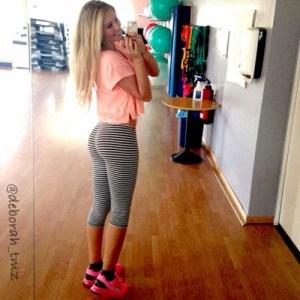 sexy-yoga-pants-36