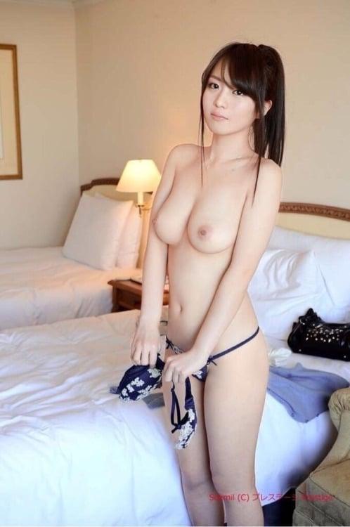 femme asiatique nue escort girl a montpellier