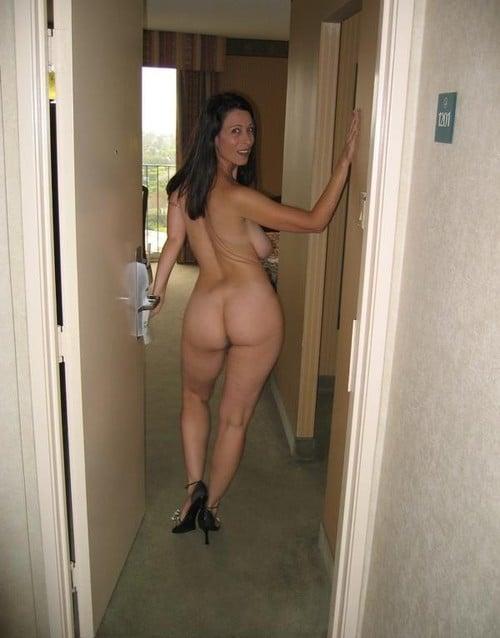 femme cougar nue 13