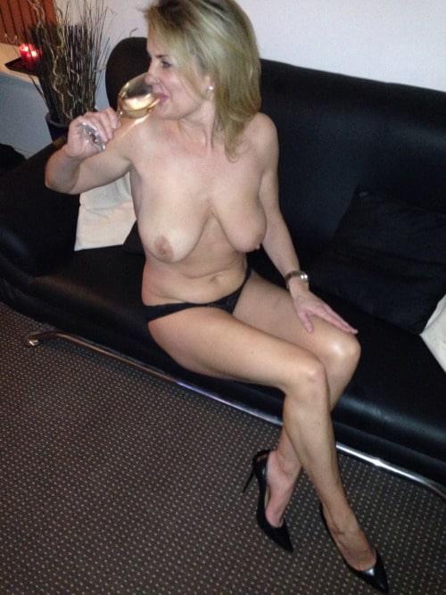 femme cougar nue 24