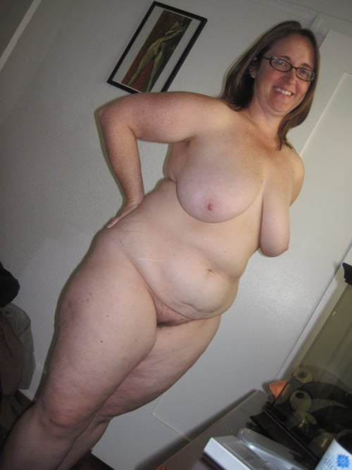 femmes rondes nues 40