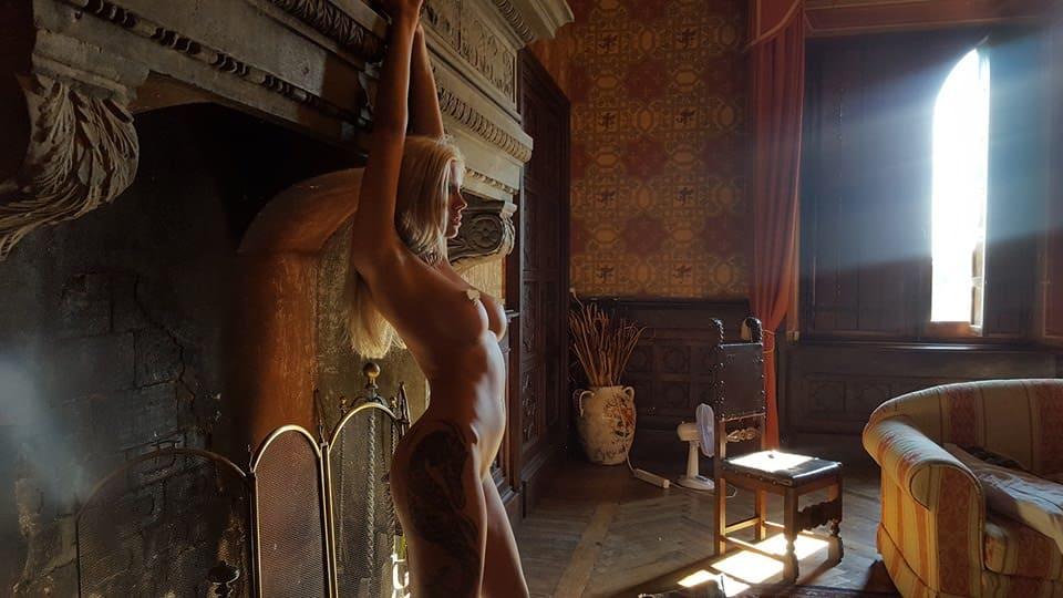 NataLee 007 , nouvelle bombe d'instagram et ancienne camgirl
