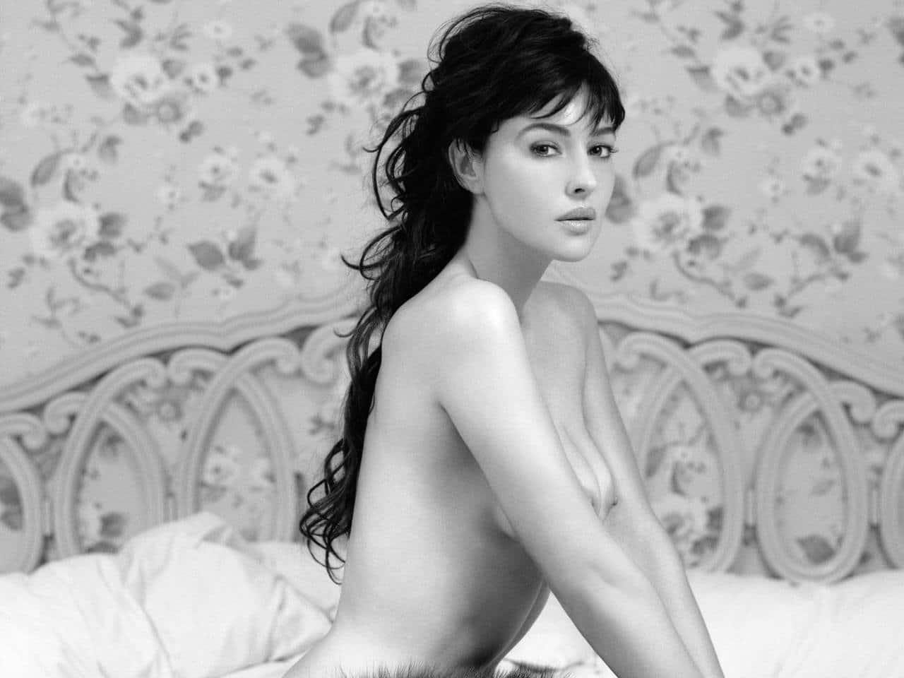 Monica Bellucci - La femme balance par excellence