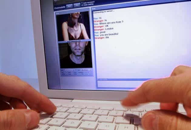 """Comment réagir face au chantage à la webcam appelé """"sextorsion"""""""