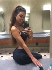 amatrice sportive selfie