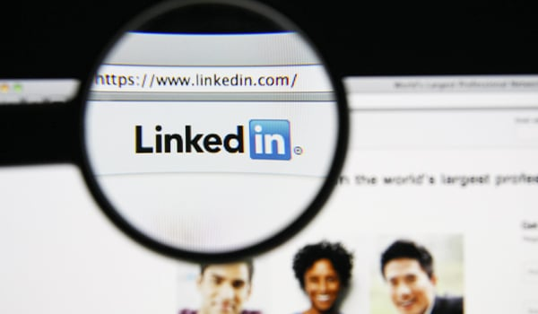 Drague sur Linkedin : Mode d'emploi