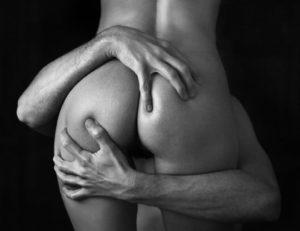 cunnilingus-photo-erotique-noir-blanc
