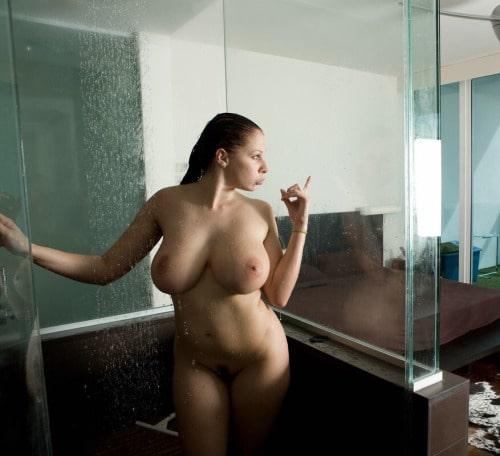 Gianna Michaels – ses gif porno les plus sexy