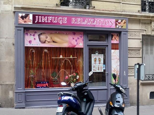 La guerre aux salons de massage avec finition continue à Paris
