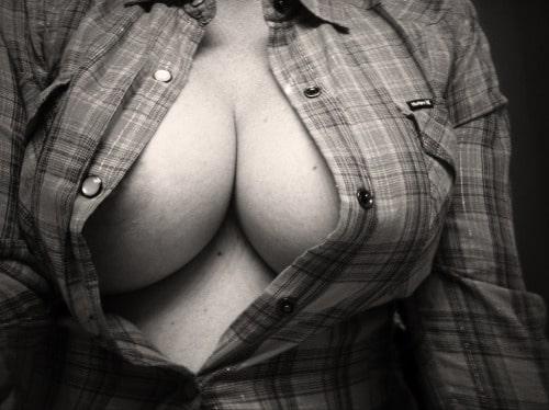 Grosse paire de seins : Les plus belles photos et les plus gif les plus sexy