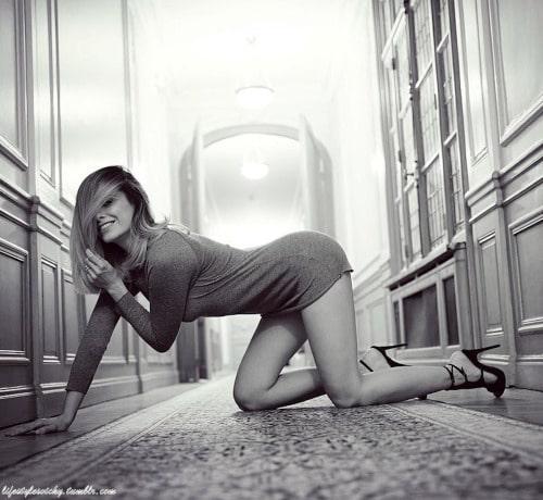 Clara Morgane – Photos et gif de la plus célèbre des pornstars françaises