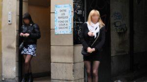 La rue St Denis est le quartier historique de la prostitution à Paris