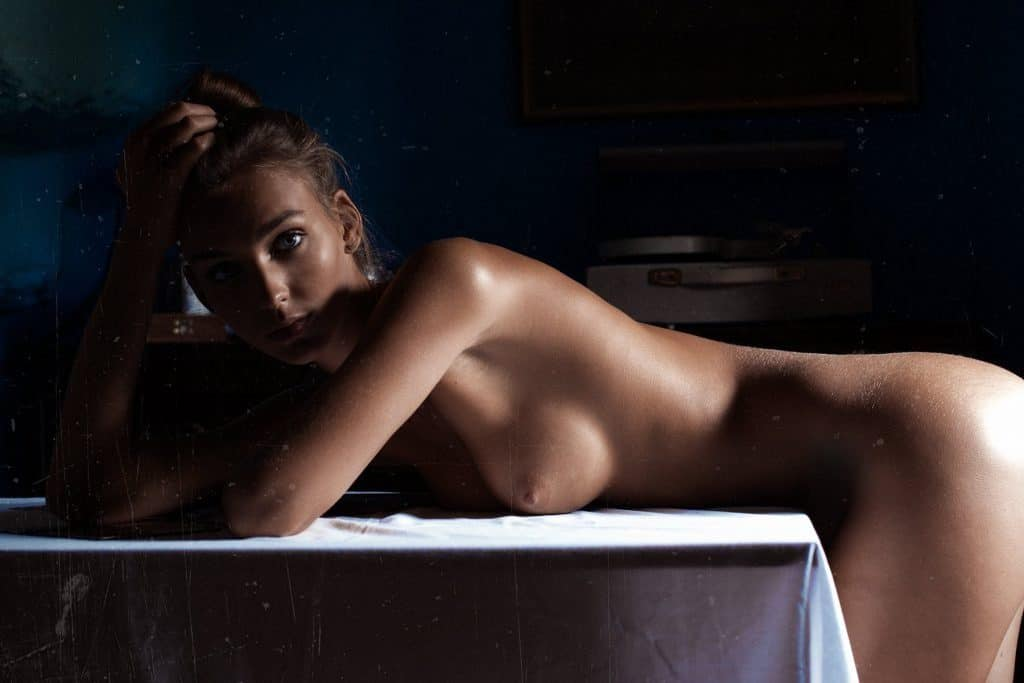 Rachel Cook Nue – Photos sexy de la star d'Instagram