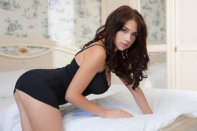 Photos Sexy de Niemira, Brune Ukrainienne ultra hot