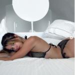 Lea Elui Nue - Photos sexy de la star française de TikTok
