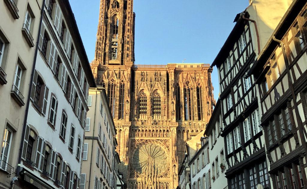 Prostituées à Strasbourg : Les quartiers où trouver des putes à Strasbourg